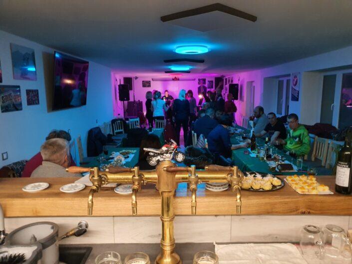 MoTáČ klub Bezděkov koncerty akce svatby